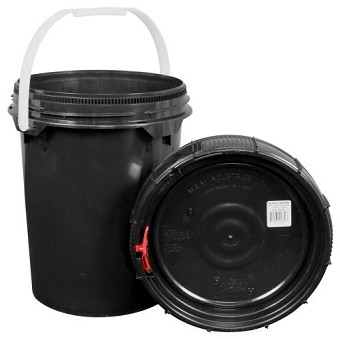 Harvest Keeper Spin Lock 5 Gal Black Bucket w/ Lid